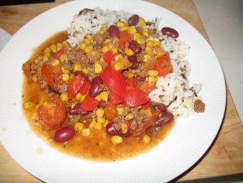 Chili con carne mit Basmati-Wildreis