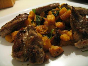 Spanische Süßkartoffeln mit Schweinenackensteak